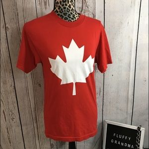 Canada T-shirt Small